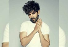 Kartik Aaryan posts picture with face pack, asks fans for
