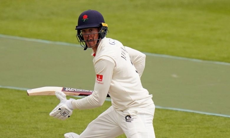 Keaton Jennings eases Lancashire over the line at Sussex