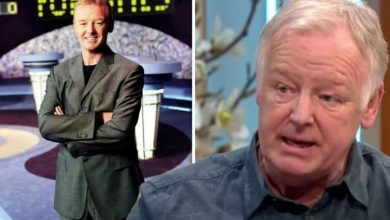 Les Dennis hits back after being accused of racism on Family Fortunes episode 'Very upset'