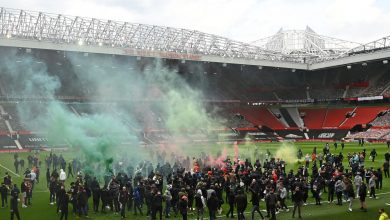 Manchester United fans break into Old Trafford, storm field to protest American owners