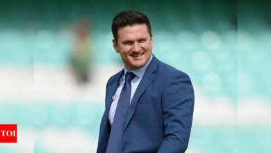 Our players felt secure in IPL's bio-bubble: Graeme Smith | Cricket News - Times of India