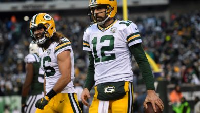 Packers 'drove Aaron Rodgers nuts' with decision to cut Jake Kumerow