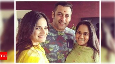 Salman Khan confirms sisters Alvira and Arpita have tested positive for Covid-19 and are asymptomatic - Times of India
