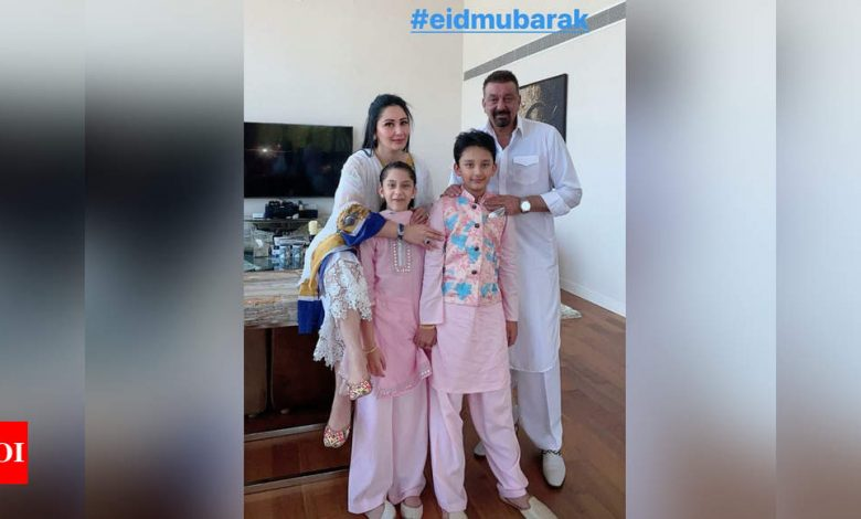 Sanjay Dutt celebrates Eid with family in Dubai – view pics - Times of India
