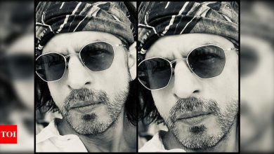 Shah Rukh Khan extends Eid wishes with a stylish monochrome picture; says, 'May Allah shower each one of us with health' - Times of India