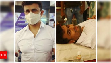 Sonu Nigam hits out at people criticising him for not wearing a mask while donating blood, reveals the reason - Times of India