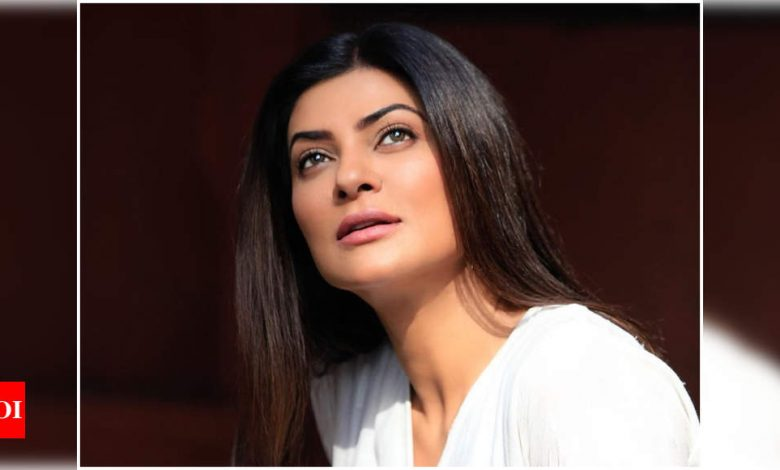 Sushmita Sen pens a gratitude note embracing the human spirit amid the pandemic - Times of India