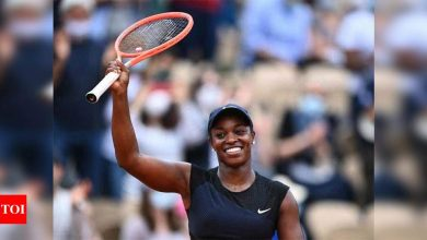 American Stephens ousts 18th seed Muchova to reach French Open fourth round   Tennis News - Times of India