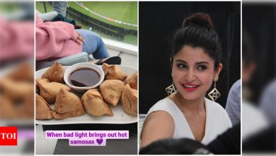 Anushka Sharma relishes a plate of hot samosas while watching Virat Kohli and team India bat at WTC final test match against New Zealand - Times of India