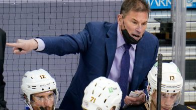 Bruins coach Bruce Cassidy unleashes on refs, Islanders