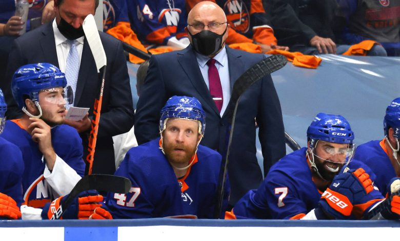 Islanders' Barry Trotz may tinker with lineup before key Game 4