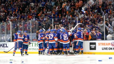 Islanders and their fans still can dream after this classic
