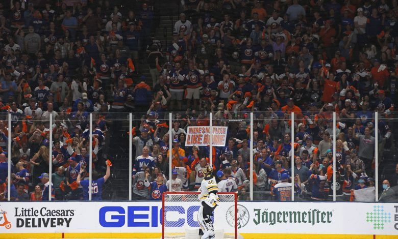 Islanders hoping Coliseum edge helps close out Bruins in Game 6