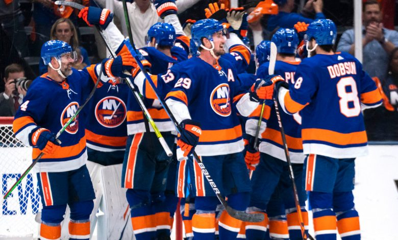 Islanders one step away from Stanley Cup final after routing Bruins