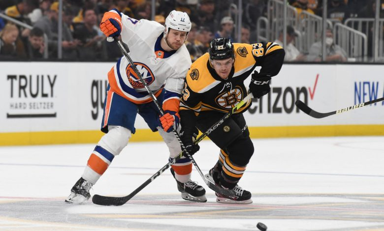 Islanders turn blown Game 2 lead into valuable experience