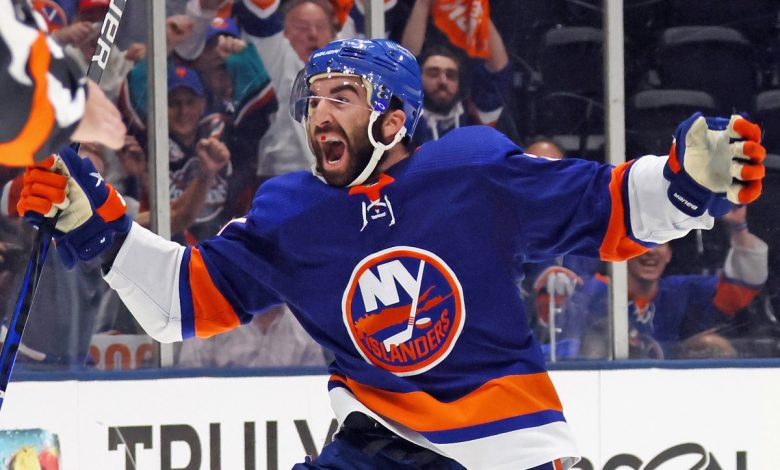 NHL bettors can score with this Islanders-Lightning prop