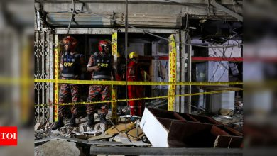 Powerful explosion in Dhaka kills seven, injures hundreds; police suspect gas leak - Times of India