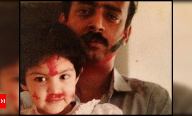 Rhea Chakraborty pens a powerful note for her papa on Father's Day; says 'I'm sorry times have been tough, but I'm so proud to be your little girl' - Times of India