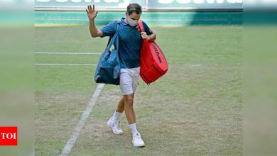 Roger Federer suffers shock second-round defeat in Halle   Tennis News - Times of India