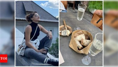 Taapsee Pannu enjoys holiday in Russia with sister Shagun Pannu; pics inside - Times of India