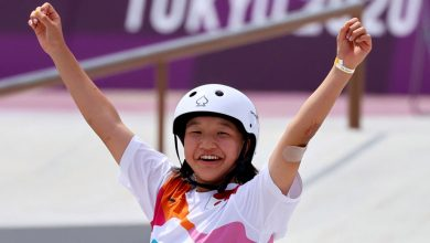 13-year-old Japanese girl makes Olympic history, wins gold in skateboarding