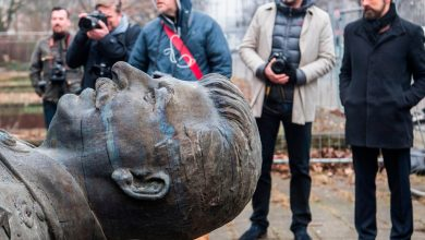 Stalinist iconoclasm that sees statues torn down is a form of dishonesty about the past –Alexander McCall Smith
