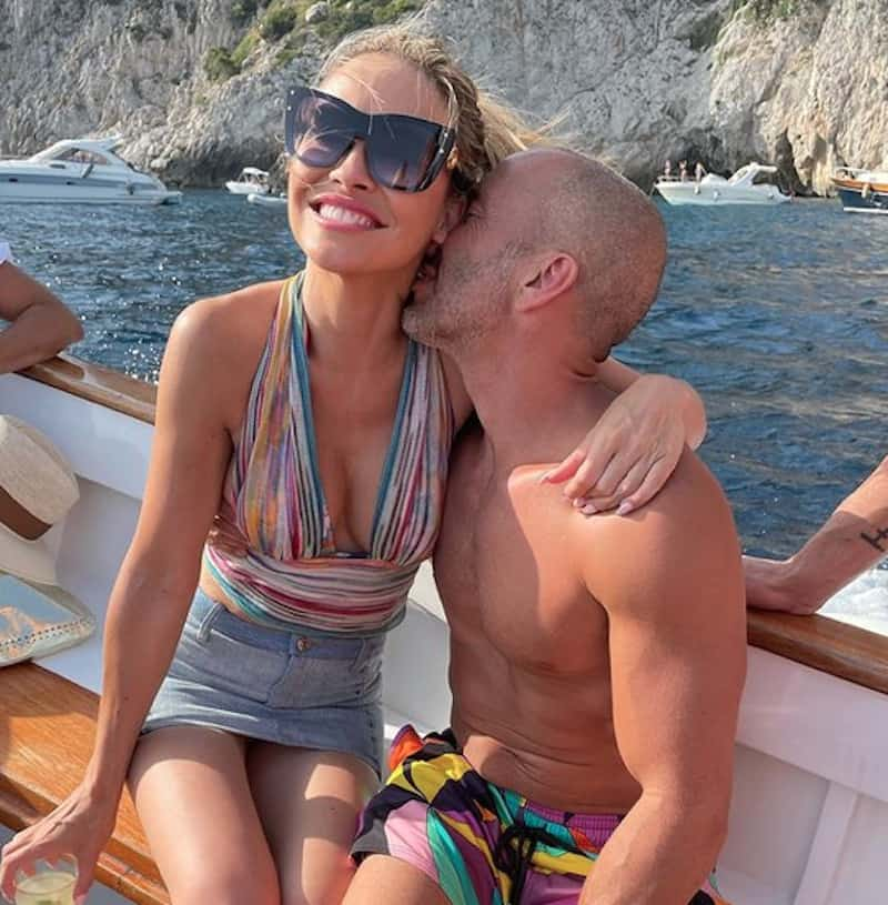 Selling Sunset Chrishell Stause and Jason Oppenheim Are Dating