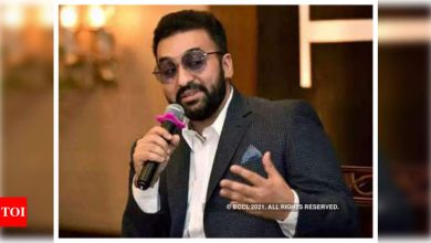 A video of Raj Kundra saying he is 'strictly against bribery' surfaces amid allegations of paying police Rs 25 lakh to evade arrest - Times of India