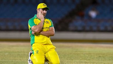 Aaron Finch faces knee surgery as uncertainty over T20 World Cup captaincy looms