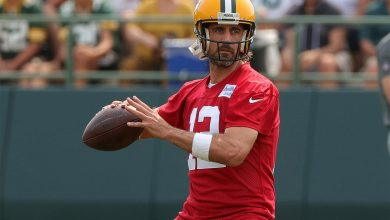 Aaron Rodgers airs out his Packers grievances and doesn't hold back