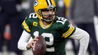 Aaron Rodgers plans to play for Packers in stunning turn of events