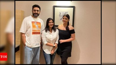 Aishwarya Rai Bachchan's latest pictures with Abhishek and Aaradhya Bachchan spark pregnancy rumours - Times of India