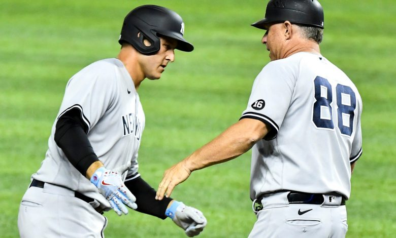 Anthony Rizzo's mammoth home run sparks Yankees in win over Marlins