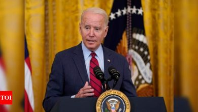 Biden visits Illinois to sell voters on families agenda - Times of India