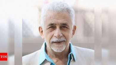 Bollywood celebs pour in wishes as Naseeruddin Shah turns 71 - Times of India