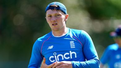 Dom Bess 'would never turn Ashes down' as England players head for talks