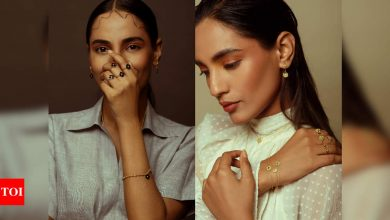 Fabulous ways to style lightweight jewellery - Times of India