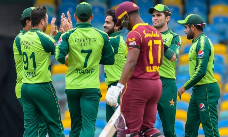 Fletcher, Shepherd in as West Indies opt to bowl; Maqsood replaces injured Khan