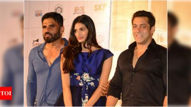 """Hear Suniel Shetty's audio on Salman Khan's apology to Athiya: """"It takes a man to say sorry. Fantastic!""""- Exclusive! - Times of India"""