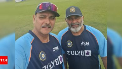 Isolation rules frustrating, vaccine has to be trusted: Ravi Shastri after Bharat Arun, Wriddhiman Saha, Abhimanyu Easwaran return | Cricket News - Times of India