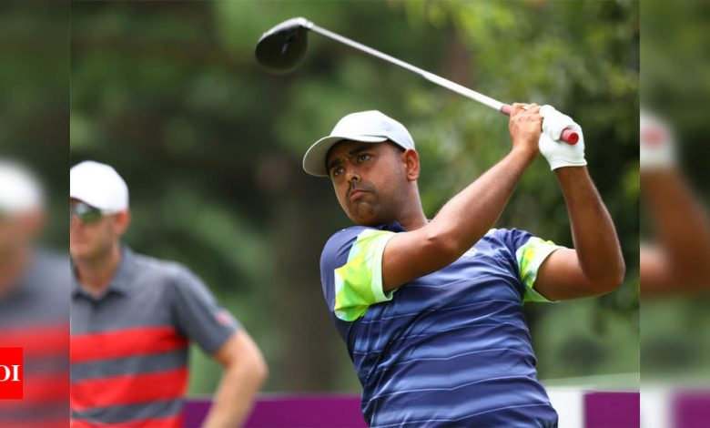 Lahiri lands late eagle, but will need miracle for medal in Tokyo | Tokyo Olympics News - Times of India
