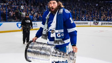 Lightning's Pat Maroon has real story on how Stanley Cup got dented