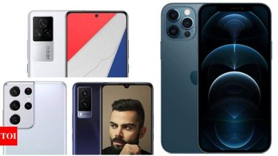 Mobile Savings Days on Amazon: Get up to 40% discount on Samsung Galaxy S21, Mi 10i, Vivo V21e and other smartphones - Times of India