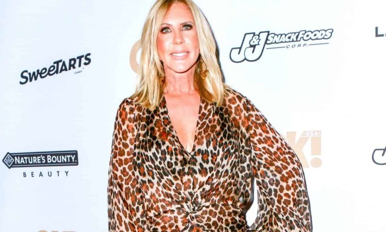 """PHOTOS: See Inside Vicki Gunvalson's Newly Furnished Home as RHOC Alum Shows off Her Informal """"Wine Room"""""""