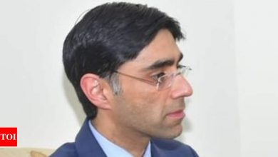 Pakistan, US discuss 'negotiated' political settlement in Afghanistan - Times of India