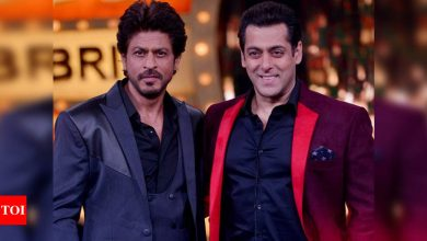 Salman Khan and Shah Rukh Khan to turn next-door-neighbours! - Times of India