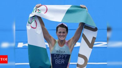 Tokyo Olympics 2020: Flora Duffy wins women's triathlon for Bermuda's first-ever Olympic gold   Tokyo Olympics News - Times of India