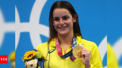 Tokyo Olympics 2020: Kaylee McKeown wins gold in women's 100m backstroke   Tokyo Olympics News - Times of India