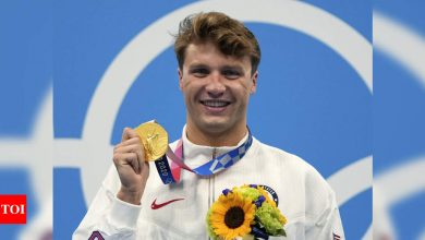 Tokyo Olympics 2020: Robert Finke wins gold in men's 800m freestyle   Tokyo Olympics News - Times of India