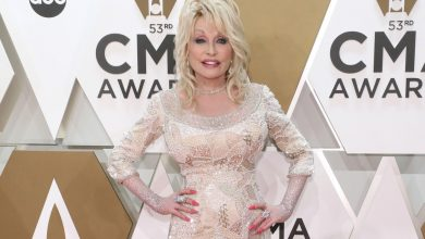 Dolly Parton on funding vaccine: 'Something bad was on the rise'